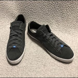 CONVERSE Chuck Taylor All Stars Suede Ox Sneakers.